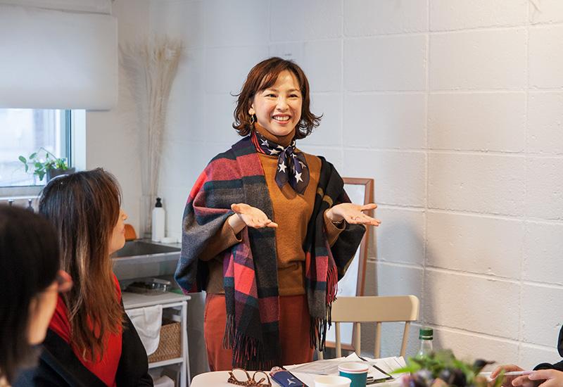 パリスタイルフラワー教室開業 ビジネスの仕組み作りとweb集客で売れるスクールへ 東京 世田谷 KOLME(コルメ) 「自分って面白い!! 自分で気づく、上質な私。魅せる私。~星座と色の活用術~」レポート