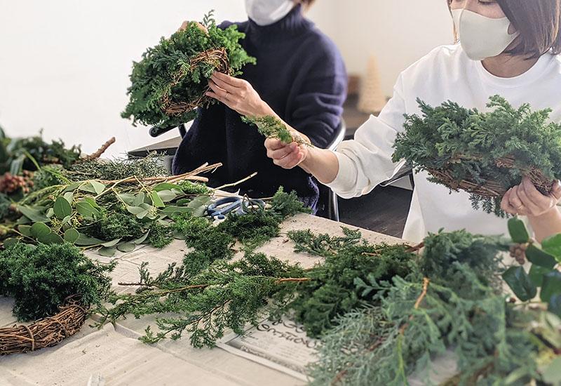 パリスタイルフラワー教室開業 ビジネスの仕組み作りとweb集客で売れるスクールへ 東京 世田谷 羽根木 KOLME(コルメ)ママでも今はじめよう、新しいこと vol.16 クリスマスリースワークショップとこれからの発信