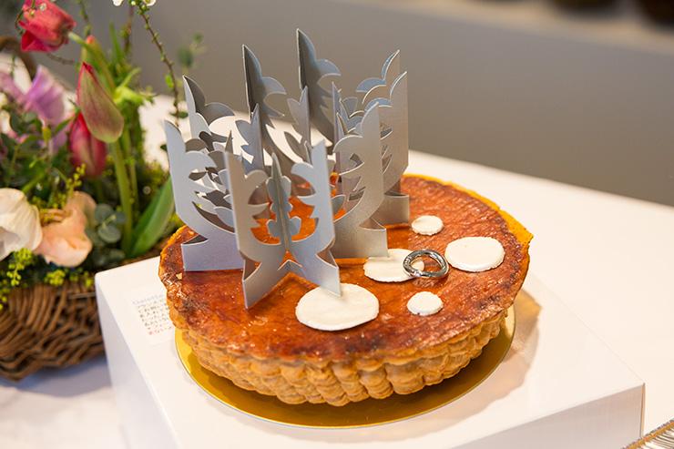 パリスタイルフラワーアトリエ KOLME(コルメ) BOXフラワー&ガレットデロワ食べ比べ イベント ピエールエルメ