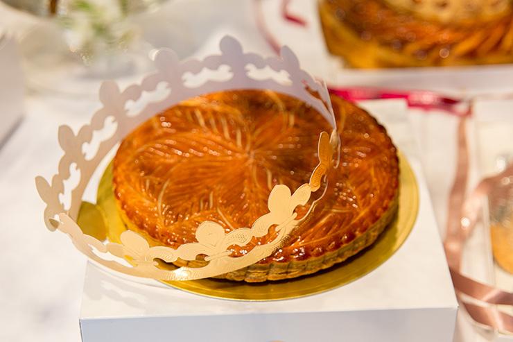 パリスタイルフラワーアトリエ KOLME(コルメ) BOXフラワー&ガレットデロワ食べ比べ イベント パティスリーユウササゲ