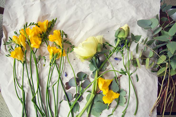 フラワー教室開業 ビジネスの仕組み作りとweb集客で売れるスクールへ 東京 世田谷 KOLME(コルメ)パリ研修2019 アリーグル市場の花材でパリスタイルブーケを束ねる