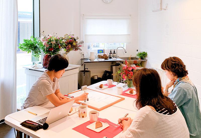 フラワー教室開業 ビジネスの仕組み作りとweb集客で売れるスクールへ 東京 世田谷 KOLME(コルメ)ディプロマコースレッスン 2019年9月