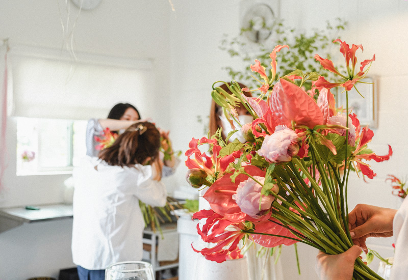 パリスタイルフラワー教室開業 ビジネスの仕組み作りとweb集客で売れるスクールへ 東京 世田谷 羽根木 KOLME(コルメ)レッスン風景