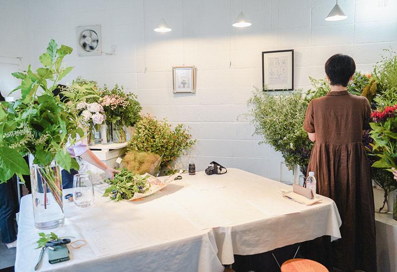 パリスタイルフラワー教室開業 ビジネスの仕組み作りとweb集客で売れるスクールへ 東京 世田谷 羽根木 KOLME(コルメ)ディプロマコース レッスン 風景
