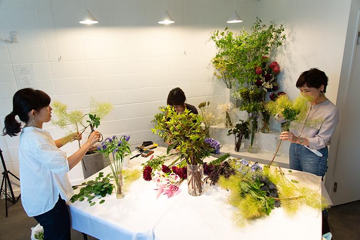 フラワー教室開業 ビジネスの仕組み作りとweb集客で売れるスクールへ 東京 世田谷 KOLME(コルメ) ディプロマコースレッスン風景