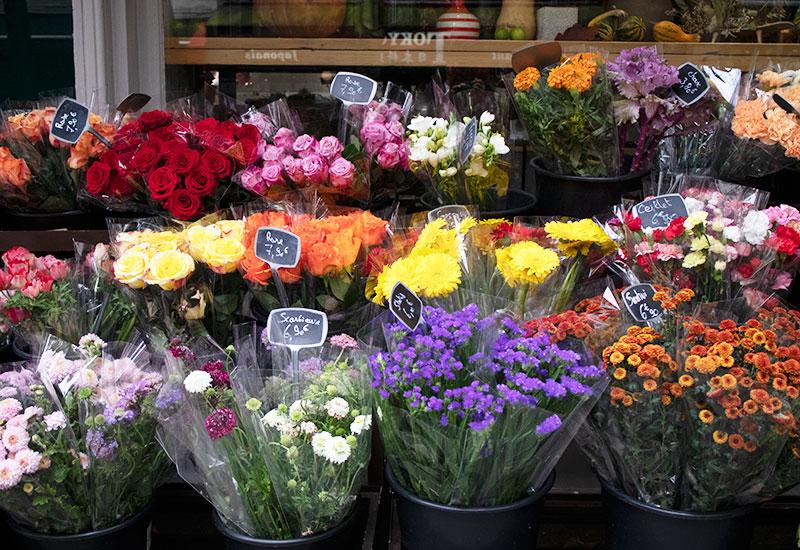 パリスタイルフラワー教室開業 ビジネスの仕組み作りとweb集客で売れるスクールへ 東京 世田谷 KOLME(コルメ)パリの花屋さん パリ18区・モンマルトルの丘の北東エリアで花屋さんをめぐってきました Espace Floral Montmartre