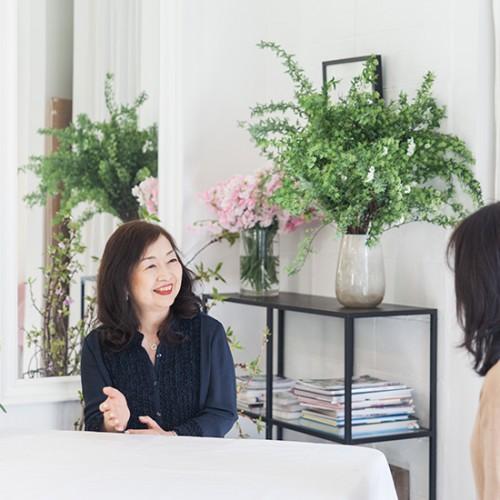 パリスタイルフラワー教室開業 ビジネスの仕組み作りとweb集客で売れるスクールへ 東京 世田谷 KOLME(コルメ)インタビュー動画 KOLMEのフラワーレッスン受講者の声