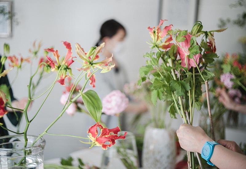 パリスタイルフラワー教室開業 ビジネスの仕組み作りとweb集客で売れるスクールへ 東京 世田谷 羽根木 KOLME(コルメ)レッスン風景 2021年 5月