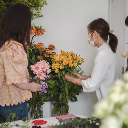 パリスタイルフラワー教室開業 ビジネスの仕組み作りとweb集客で売れるスクールへ 東京 世田谷 羽根木 KOLME(コルメ)ディプロマレッスン レッスン風景