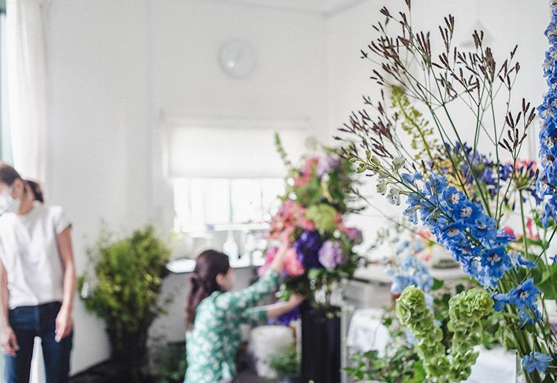 パリスタイルフラワー教室開業 ビジネスの仕組み作りとweb集客で売れるスクールへ 東京 世田谷 羽根木 KOLME(コルメ)スタンド花 装花 レッスン